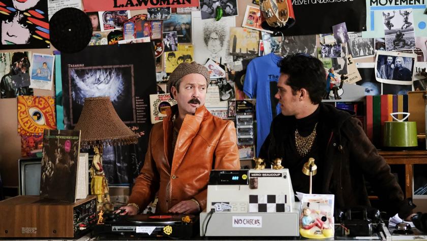 Writer-Director Stephen Kijak on 'Shoplifters of the World'